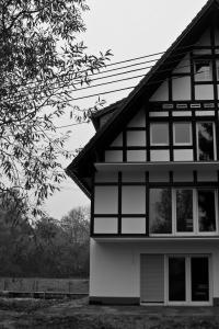 Qualitätsfenster in einem Mehrfamilienhaus bei Flammersfeld.